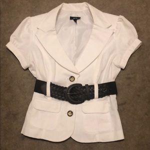 Fitted White Junior Medium Short SleeveJacket